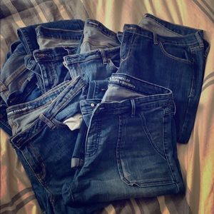 Lot of Old Navy and Gap jeans 6 pairs total 👖